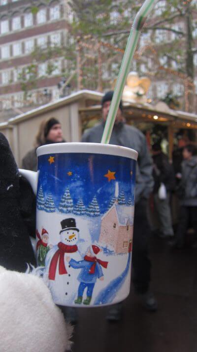 ドイツ クリスマスマーケット ホットチョコレート おすすめ 客室乗務員ライフ