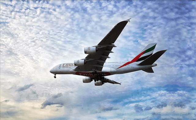 エミレーツ航空外資系CAの年収の注意点デメリット